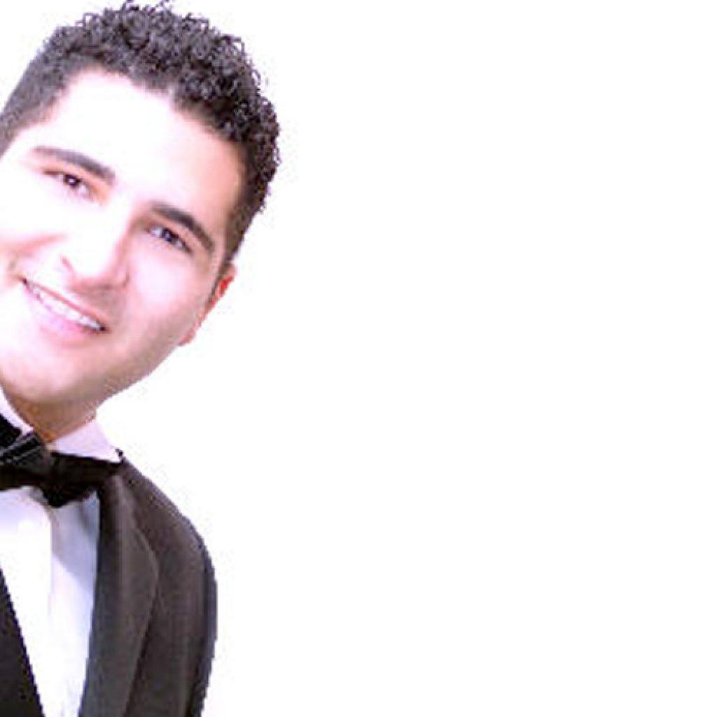 Jamsheed | Pianist Singer