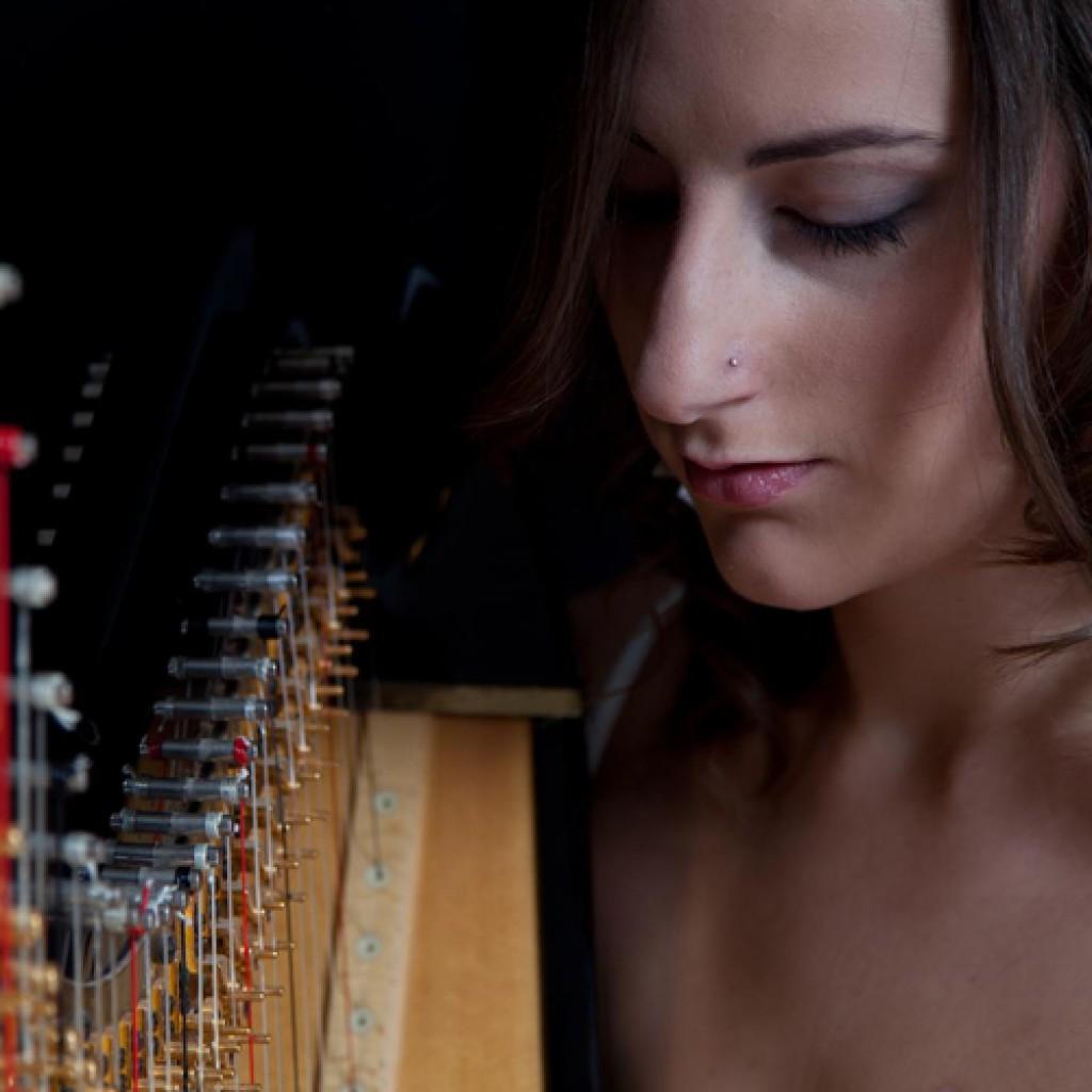 Cecily | Harpist