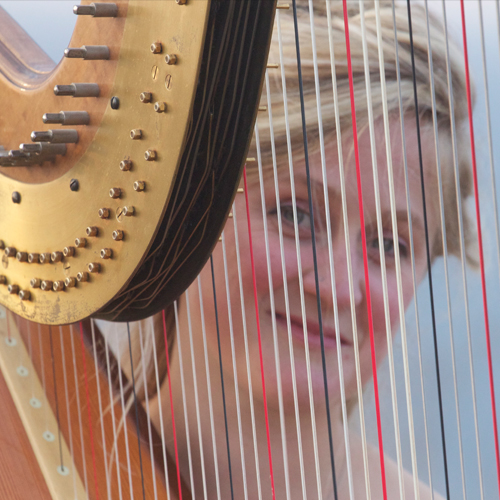 Harpist | Alice