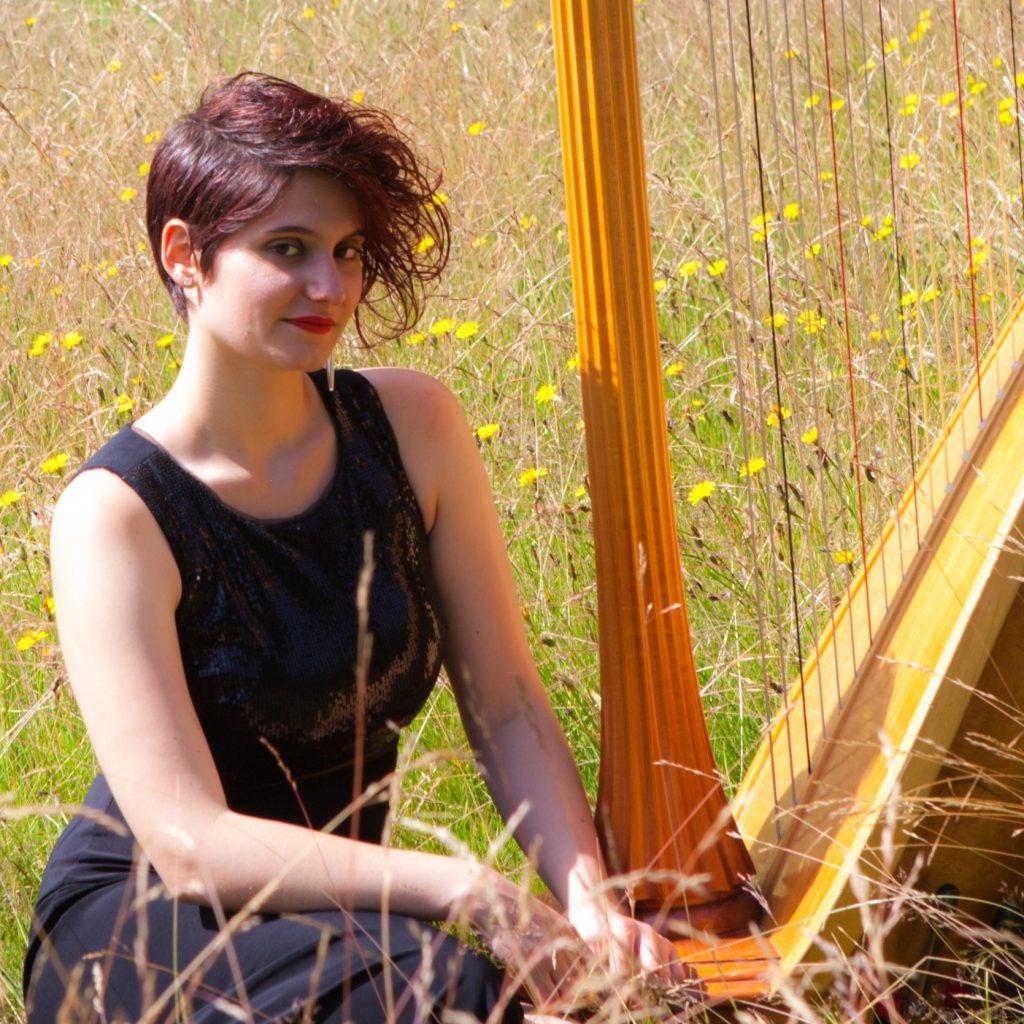 Anna | Harpist