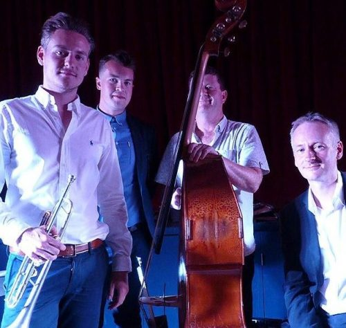 Pure Hot Jazz | Jazz Swing Quartet
