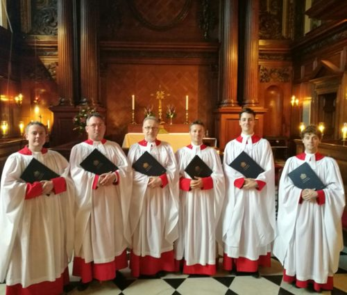Acapella Singers | The Gentlemen of Hampton Court