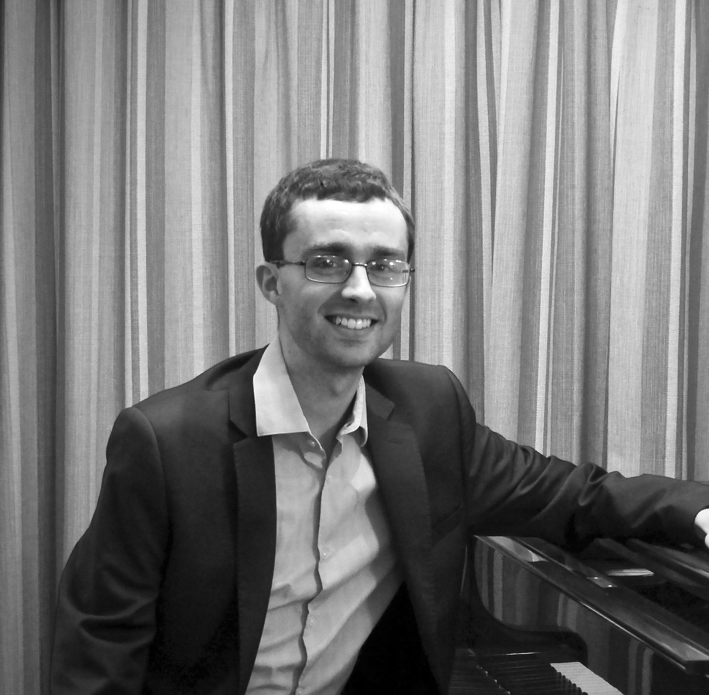 Pianist | Ed